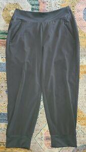 Athleta Soho Jogger pants olive green super soft easy clean Womens Size 10 EUC
