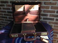 RARE VINTAGE 1970's HARDSIDE BELTING SADDLE LEATHER LAPTOP BRIEFCASE BAG R$1298