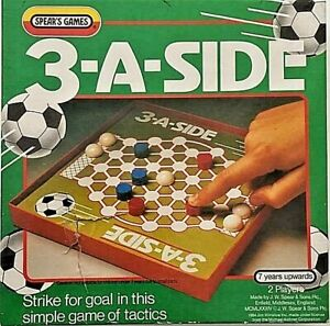 Vintage 1984 Spears Games 3-A-SIDE FOOTBALL BOARD GAME (2 PLAYERS) 7 YEARS +