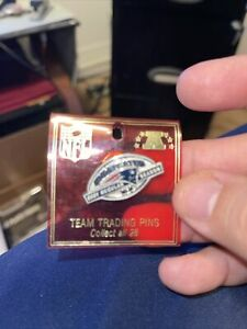 New England Patriots 2007 Undefested Reguakr Season Pin  NFL