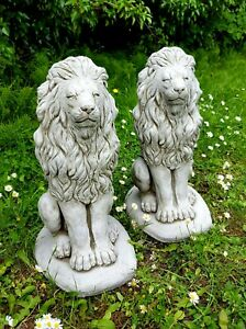 PAIR PROUD LIONS Medium Stone Statues Highly Detailed Garden Ornaments Decor