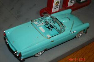Minichamps 1955 Ford ThunderbirdConvertible 1:43 NIB Ford 100 year Heart & Soul
