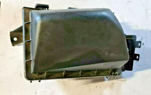 1990-1994 Lincoln Town Car 96-99 Ford Crown Vic Air Cleaner Filter Box