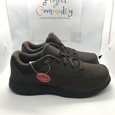 New Balance 813 Mens MW813BR Brown Walking Shoes Size 10 (4E) Wide Fit (1301010)