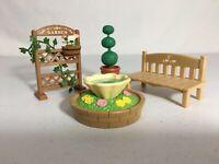 Calico critters/sylvanian families Garden Bench Plants & Fountain