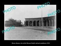 OLD LARGE HISTORIC PHOTO OF HORACE KANSAS, MISSOURI PACIFIC RAILROAD HOUSE c1910