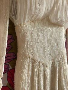 Vintage 1950's Chantilly Lace Wedding Dress - needs repair XS