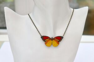 BEAUTIFUL STATEMENT RED & YELLOW WOODEN BUTTERFLY ANTIQUE BRONZE NECKLACE
