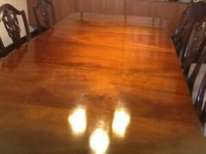 LARGE 5ft to 8ft MAHOGANY EXTENDABLE DINING TABLE ANTIQUE STYLE