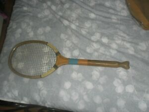 VINTAGE ANTIQUE TENNIS RACKET circa 1920s? fishtail murtons sunderland