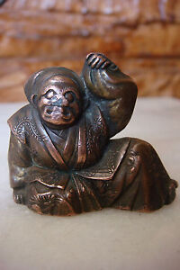 EXTREMELY RARE ORIGINAL JAPAN CARVED LEAD BRASS SMALL NETSUKE OR STATUE FIGURE