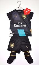 Arsenal FC Trikot Set Baby Kit Hose Stutzen 6-9 Monate Gr. 74 London Kinder Set