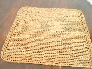 Rafia woven place mats