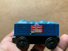 AUTHENTIC THOMAS /& FRIENDS WOODEN RAILWAY ~ 2016 DAY OUT WITH THOMAS ~ DFW83 HTF