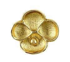 A vintage Oscar de la Renta Goldtone vinaigrette pendant. Floral design