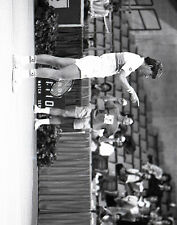 Jimmy Connors Finger Point 8x10 Tennis Photo