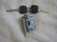 2001 - 2007 TOYOTA HIGHLANDER IGNITION SWITCH KEY AND LOCK SET KIT LC62950