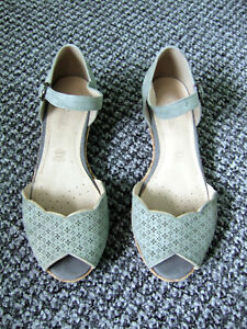 M&S Footglove pale blue green suede low wedge sandals size UK 4.5