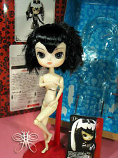Free Shipping! Nude Tezca Dal Dented Box Doll Stand Included