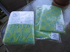 "2 Holly Window Valances 84"" x 16"" & 1 Twin Bed Skirt w/ 1 Standard Pillow Sham"