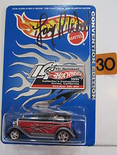 HOT WHEELS 2000 14th CONVENTION '32 FORD DELIVERY AUTOGRAPHED BY LARRY WOOD