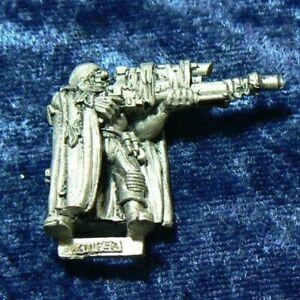 Citadel Warhammer 40k Imperial Guard Catachan Jungle Fighters Sniper OOP 1999