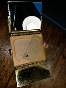 Vintage Art Deco Enamel/Gilt metal Ladies Powder  Compact