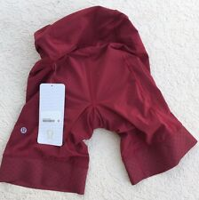 NWT LULULEMON LEADER OF THE PACK SHORT -- Size 4 MSRP $128 Bike Cycling Spinning