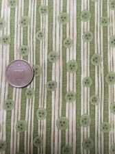 100% Cotton Quilting Fabric Christmas Time Gooseberries Buttons 7679 Henry Glass