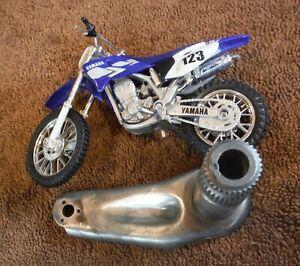 Yamaha Enduro 1968-1973 REAR Brake Pedal Arm Shaft Pivot Rod DT2 DT3 RT1 RT2 RT3