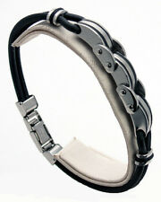 MEN'S LEATHER BRACELET WITH STAINLESS STEEL LINKS.