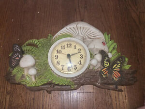 Vintage 1975 Burwood Products New Haven Mushroom Butterfly Wall Clock Works