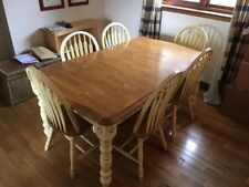 Kitchen table and chairs - Extendable, light wood, country / farmhouse style