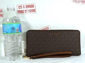 Michael Kors Jet Set Travel MK Signature PVC Continental Wallet Wristlet
