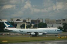 Huge Boeing 747 Cathay Pacific  desktop model approx 47 cms long Reg B-HUE