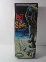 Lost in Space Model Kit Complete with One-Eyed Monster Polar Lights