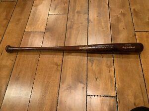 "Babe Ruth NEW YORK YANKEES HILLERICH & BRADSBY BASEBALL BAT 34.5"""