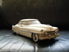 "Vintage 1950's WHITE Cadillac SEDAN Tin Friction CAR ""FIFTIES"" Made In Japan"