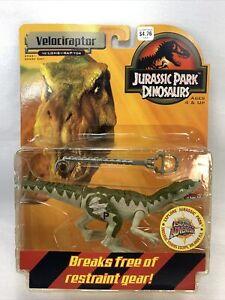 Velociraptor green Jurassic Park Dinosaurs 99 Hasbro MOC New Figure complete