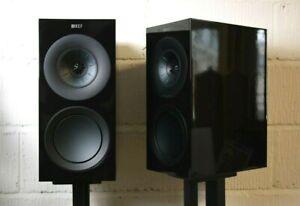 KEF R3 Standmount Speakers in Gloss Black - Preowned