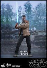 Hot Toys Star Wars Force Awakens Finn Sixth Scale Figure: MMS345
