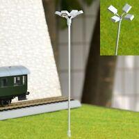 S089 - 4 Stück Flutlichtstrahler 12cm Flutlicht mit 4 LED Strahler am Mast