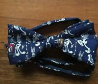 Bugs Bunny golf looney tunes bow tie 100% silk blue men's tie made in Italy
