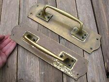 VECCHIO paio di grandi maniglie in ottone porta Pull/negozio/PUB/BAR VINTAGE