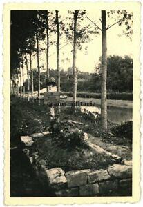 Orig. Foto Grab 45.ID an der Aisne in EVERGNICOURT b. Reims Frankreich 1940