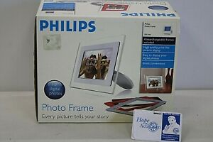 NEW Phillips Digital Photo Display w/ 4 Frames AC Power Cord + Stand ect