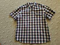 EUC Carhartt Men's Button Down Short Sleeve Short Color Blue Size XL Relaxed Fit