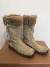 Cream Beige Suede Flat Boots Size 38 Fur Trim