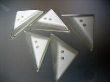 Schicke Kunststoff-Knöpfe - Dreieck - je 2 Stück - 2 Varianten zur Wahl