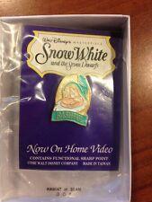 Disney Snow White Bashful Pin